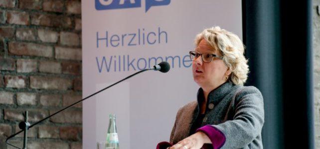 Forscher aus aller Welt sollen in Bochum das Internet ergründen
